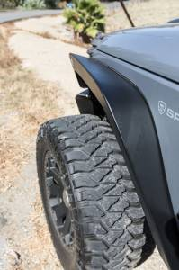 Go Rhino Pair of Trailline. 6 Wide Steel Front Fenders for 2007-2018 Jeep JK Wrangler 701161T